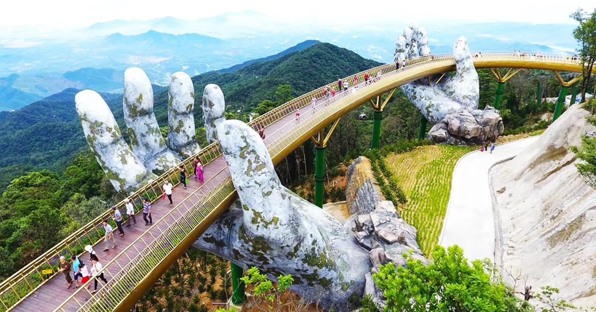 A beautiful pedestrian bridge in Vietnam