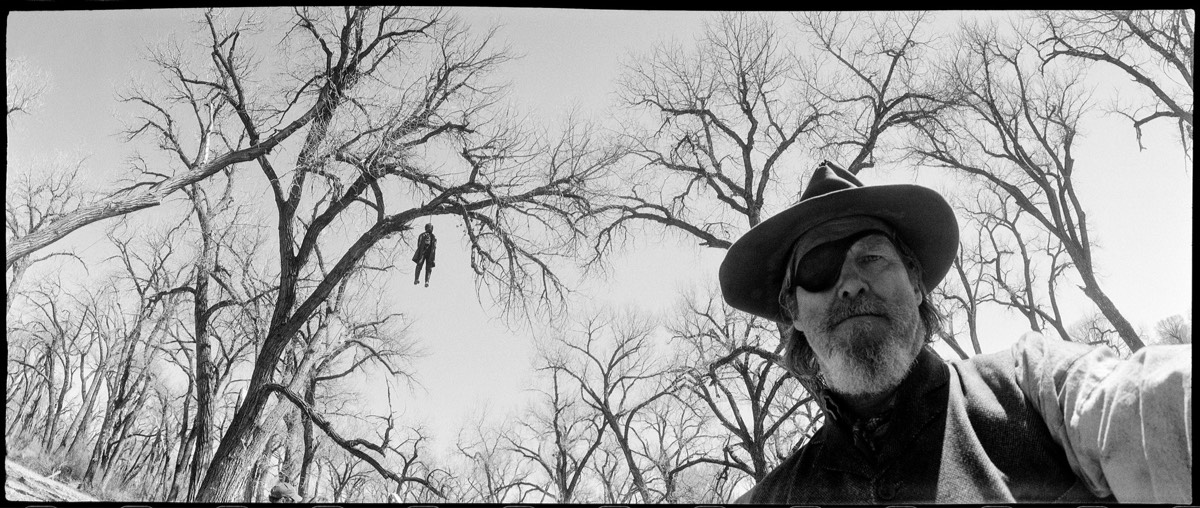 Jeff Bridges Takes Photographs