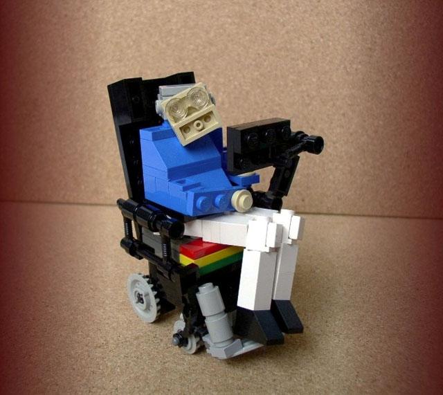 lego-hawking-640.jpg