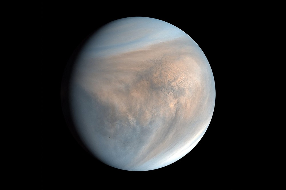 Scientists Detect Signs of Possible Life on Venus