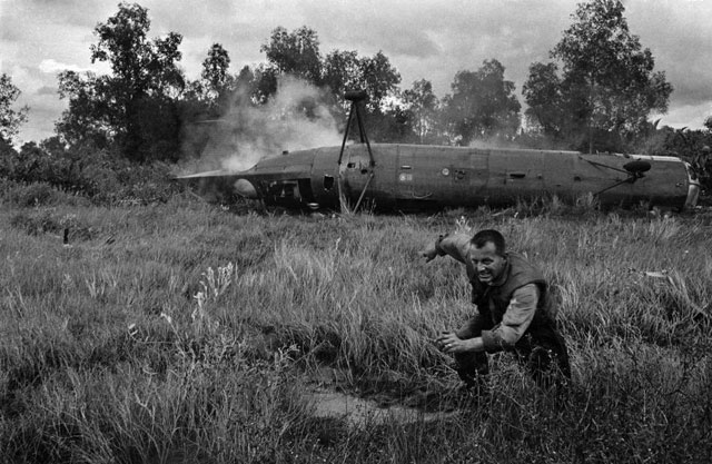 Arresting collection of Vietnam War photography